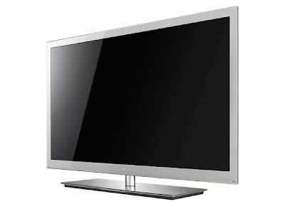 Samsung 3D TV Series 9 Impressive 7.98mm Thick LED Backlit LCD Screen and Full-touch Remote Control