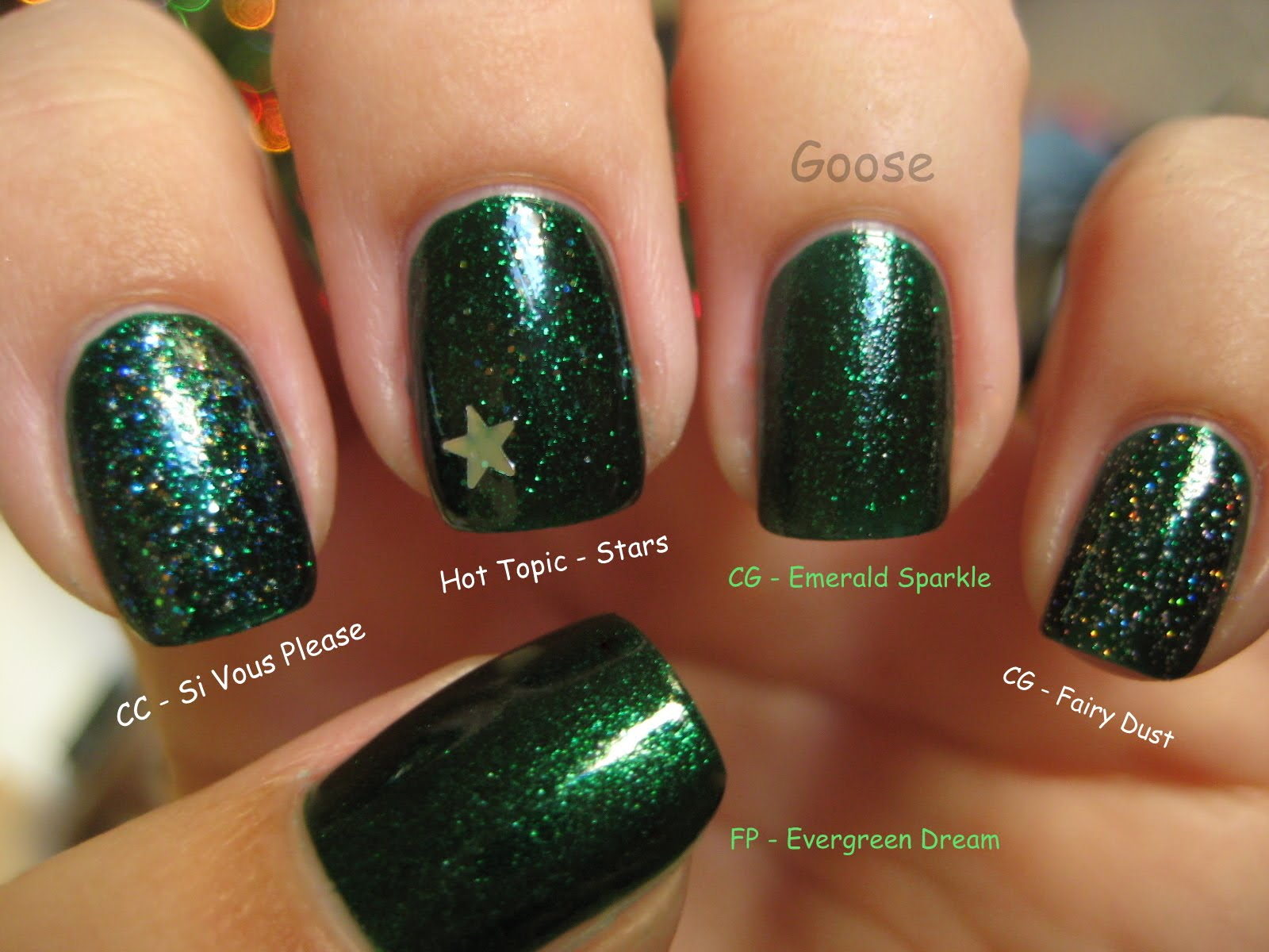 Goose\'s Glitter: Emerald Sparkle and Christmas Tree Mani