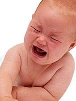 El bebé llora y tiene gases ¿estará dolorido?