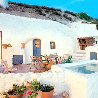 Vivir bajo tierra la vida en una casa cueva espa a - Casas sostenibles espana ...