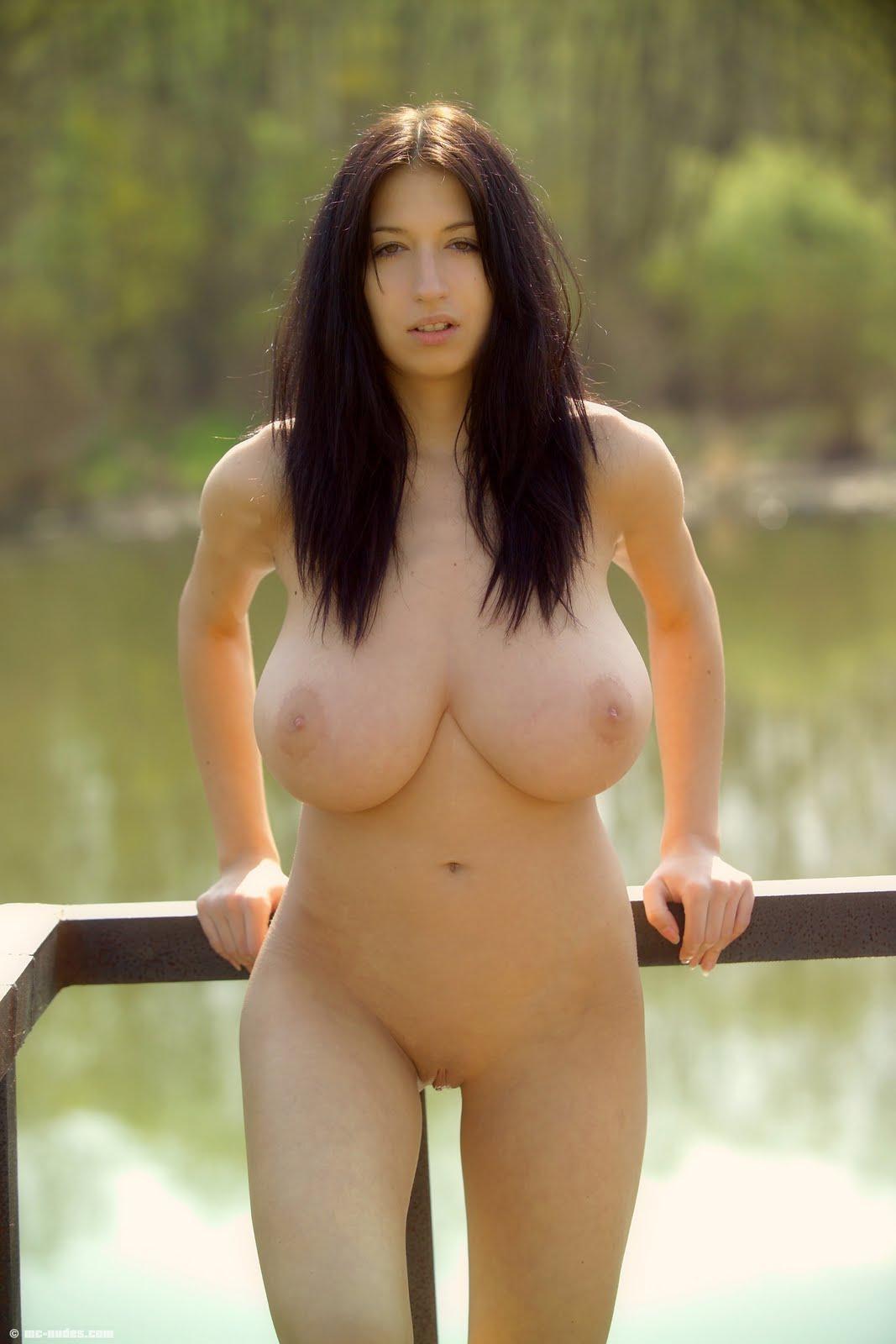 Jana defi nude would like