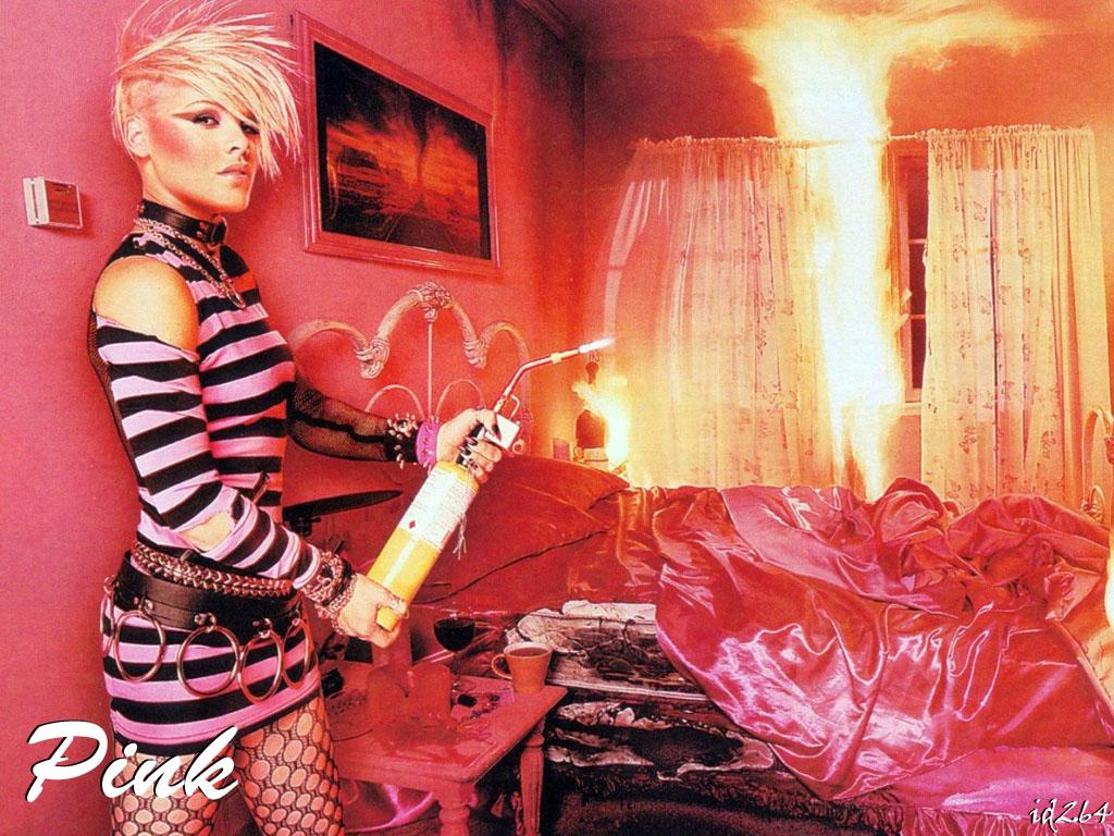 http://2.bp.blogspot.com/_fCAtMdq3Ayo/TECIbrGtx6I/AAAAAAAAAuE/P4VAPs6p_Y4/s1600/Pink.jpg