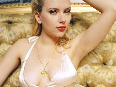 hot scarlett johansson wallpapers. Hot Scarlett Johansson Sexy