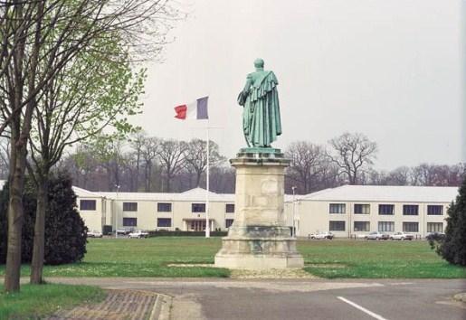 La poste aux armees le bureau postal militaire 101 - La poste st germain en laye ...