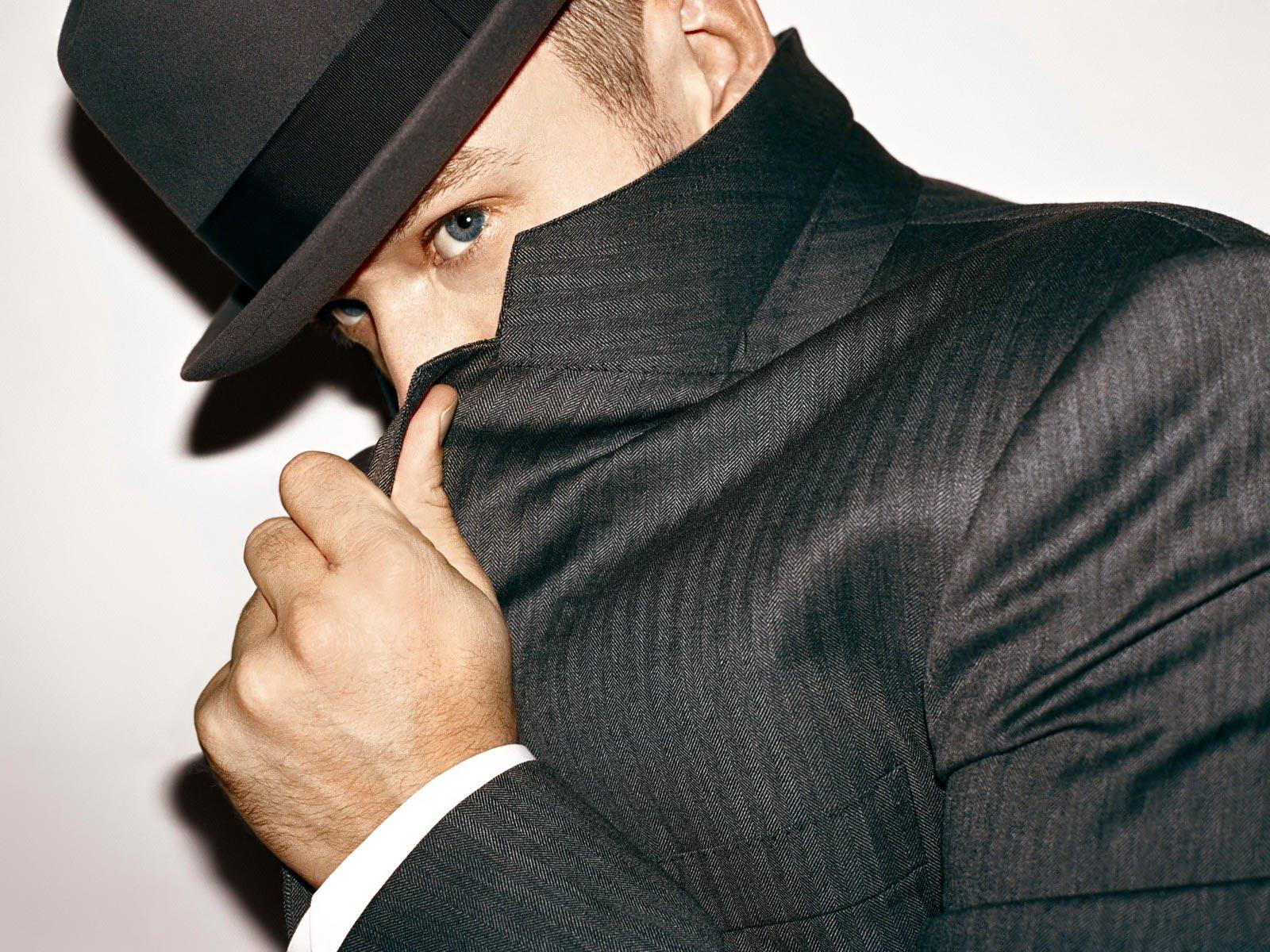http://2.bp.blogspot.com/_fFCvr7wNhcw/TTF1B-FJ9nI/AAAAAAAAA_0/aMVmhuja9xo/s1600/Justin_Timberlake_-_Music.jpg