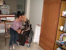 Con mi amada Tía Dora, en mi casa.