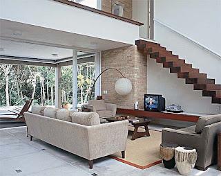 Constru o dos sonhos 28 modelos de escadas de madeira for Piscina 90cm altura