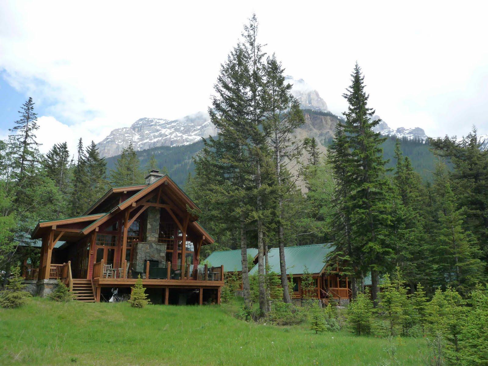 north traveller canada yoho park cathedral mountain lodge. Black Bedroom Furniture Sets. Home Design Ideas