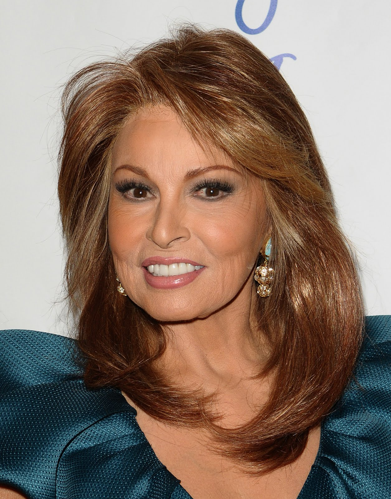 Displaying 19 gt  Images For - Raquel Welch Now And Then   Raquel Welch Now And Then