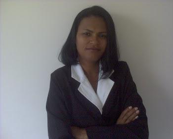 Cássia Cruz