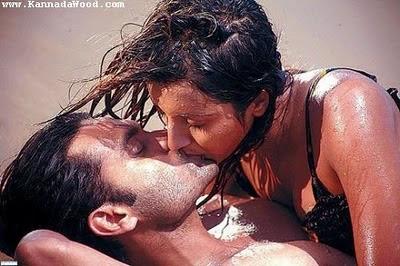http://2.bp.blogspot.com/_fKMLChf_W00/S1g4e-9g5rI/AAAAAAAAA34/9VB5Dk4-zOQ/s400/sanjana-kissing+%281%29.jpg