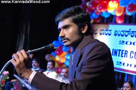 Yogish new Kannada film Raavana wallpapers