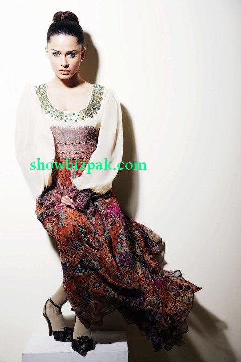 http://2.bp.blogspot.com/_fKO2L8Xl6TE/S_7_c0wGH7I/AAAAAAAABdE/p6LnB3nT_1Y/s1600/mehreen1.jpg