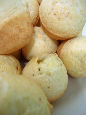 Pão de Queijo - Brazilian Cheese Bread
