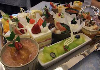 五感北浜本館のケーキ勢揃い
