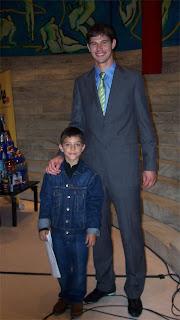 Javi M. Marqués con Nicola Zigic