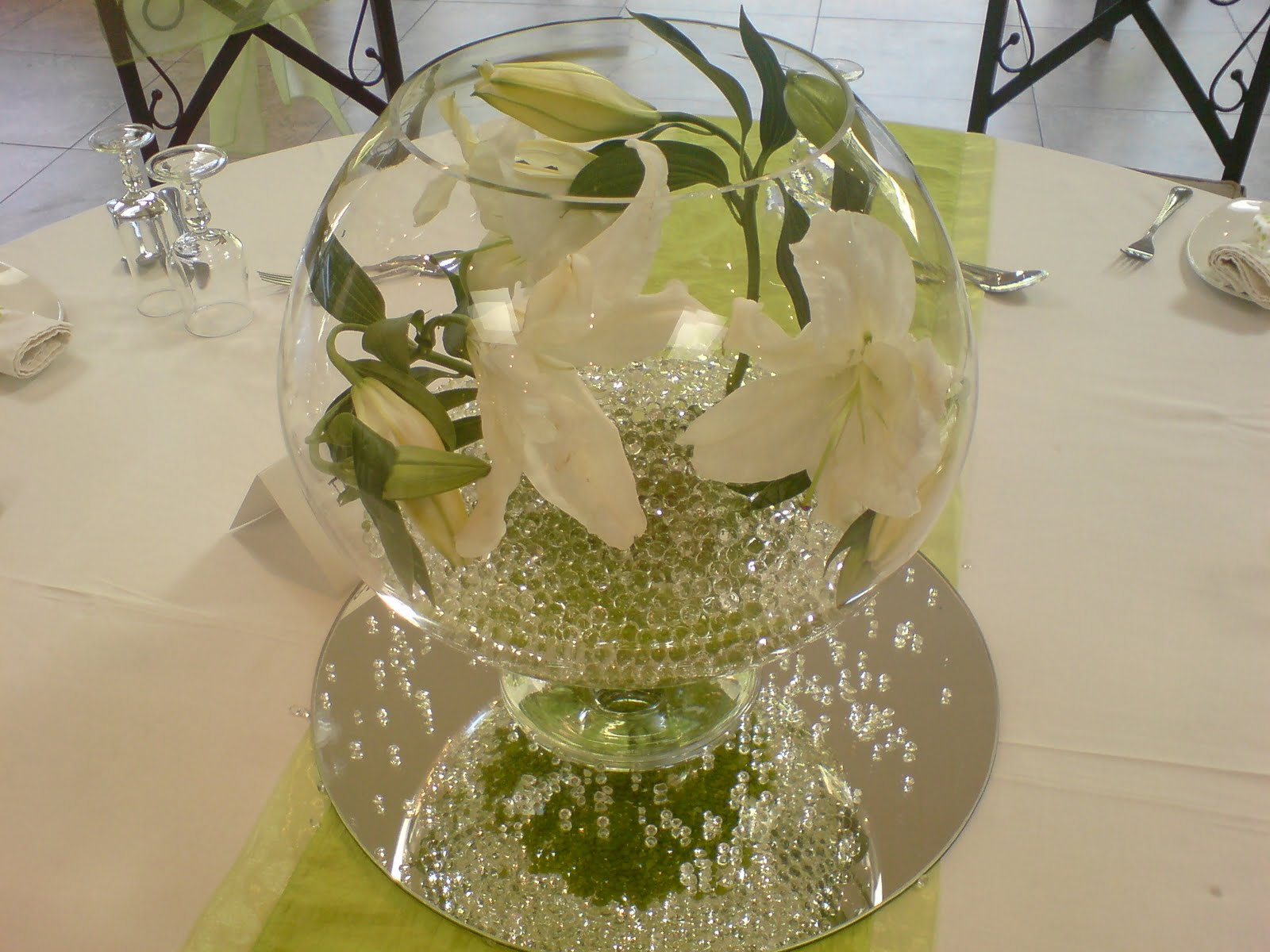 Ruby moon wedding planners christening baby shane 23 may 10 - Simple baptism centerpieces ...