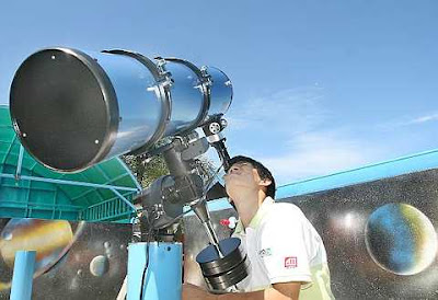 Vantage point: A restaurant owner has joined forces with USM's Astronomy Club to build an observatory for amateurs at his hilltop eatery in Bukit Genting, Penang.