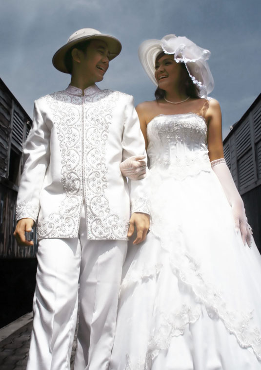 A lot of couples choose to have a a line western wedding dresses