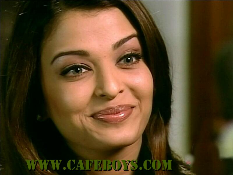 Celebrity Smile 4 U: Brite smile Picture of aishwarya rai ...