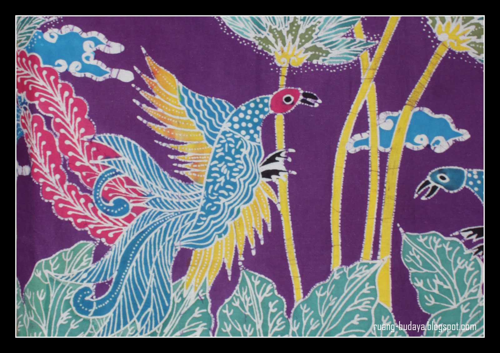Batik Jember Motif Ayam Bekisar