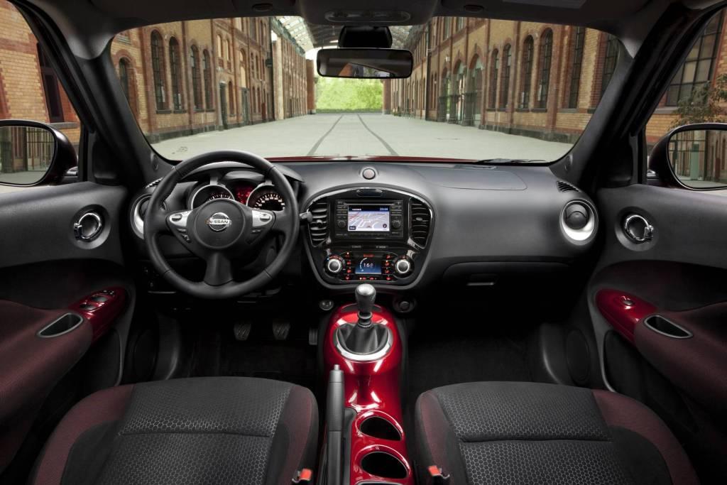 Athens car blog nissan juke 2010 interior for Nissan juke interieur