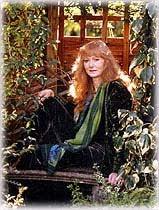 JOSEPHINE WALL  Josephine_wall_garden