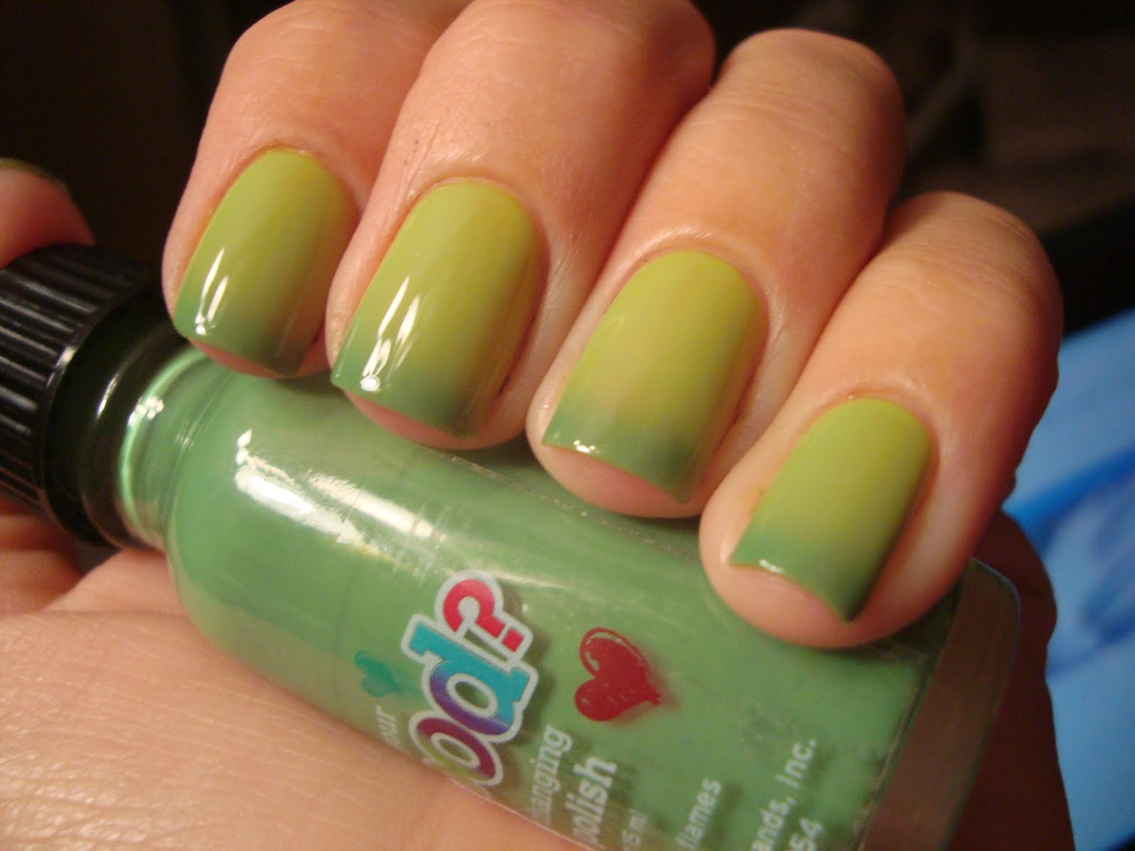 Chloe\'s Nails: 2nd Justice Mood Polish - Green to Yellow