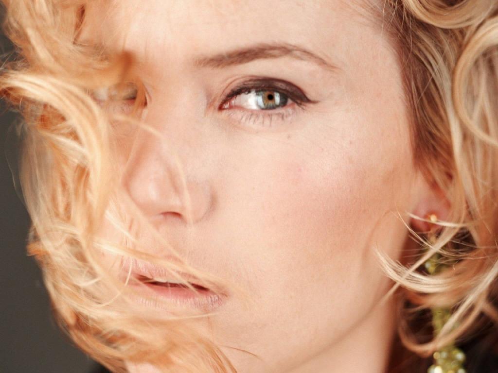 http://2.bp.blogspot.com/_fX2bcJPPTj8/TKsX9_2dWSI/AAAAAAAAT7o/-xqo8k8ngnc/s1600/Kate_Winslet__.jpg