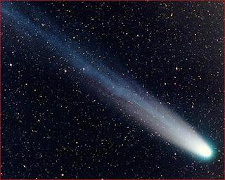 Fotografía del cometa Hyakutake