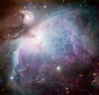 Imagen de la Nebulosa de Orión. Es una composición de varias exposiciones tomadas a través de un total de cinco filtros diferentes