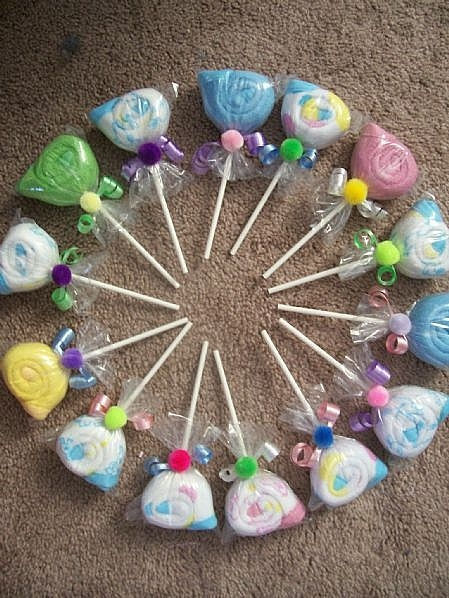 Free baby projects baby washcloth lollipop favors - Novedades para baby shower ...