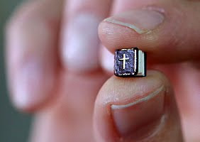 World's smallest Bible