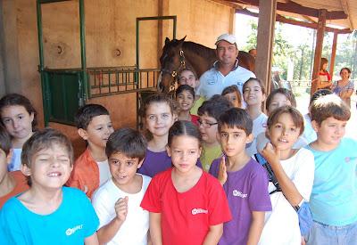 Centro Hípico Guega recebe a visita dos alunos da Escola Waldorf