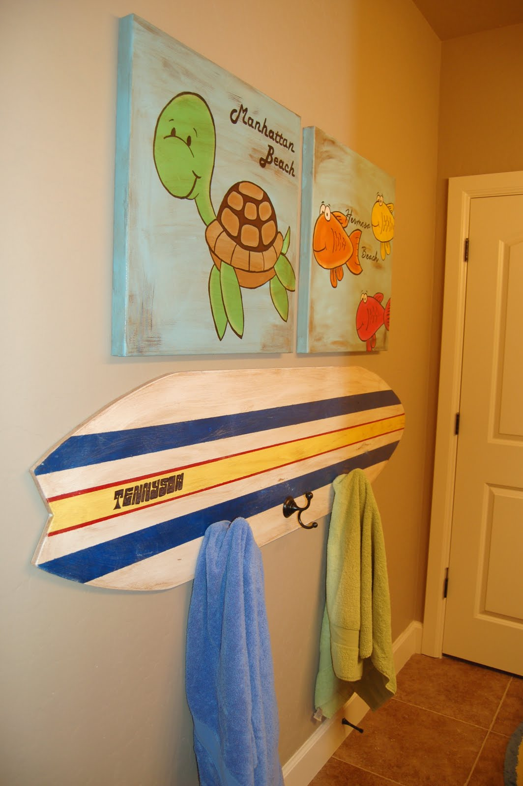 Surf bathroom decor visionencarrera for Surf decoration