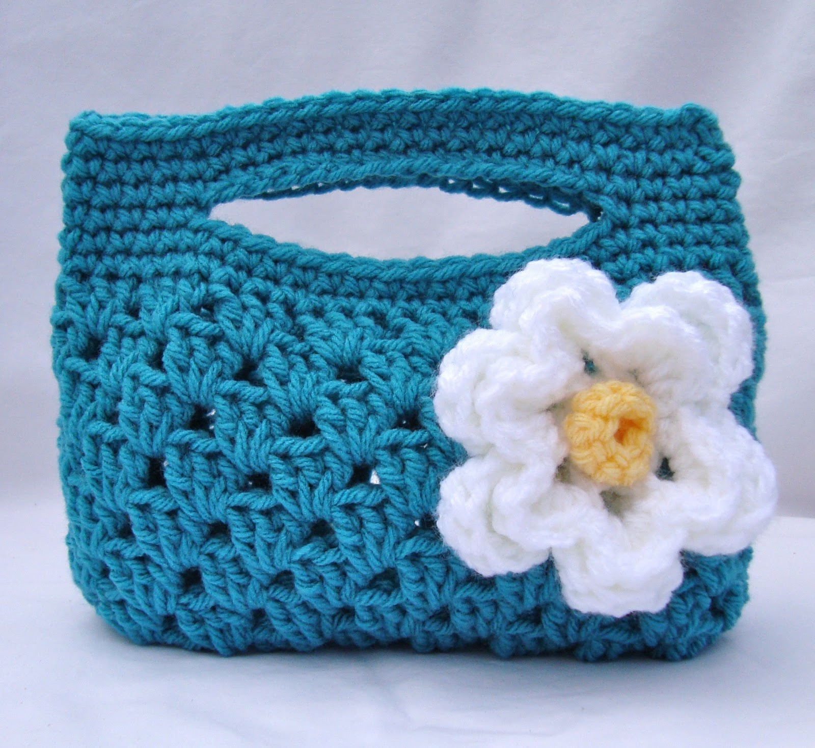 Free Crochet Pattern For Small Tote Bag : tangled happy: Granny Stripe Boutique Bag