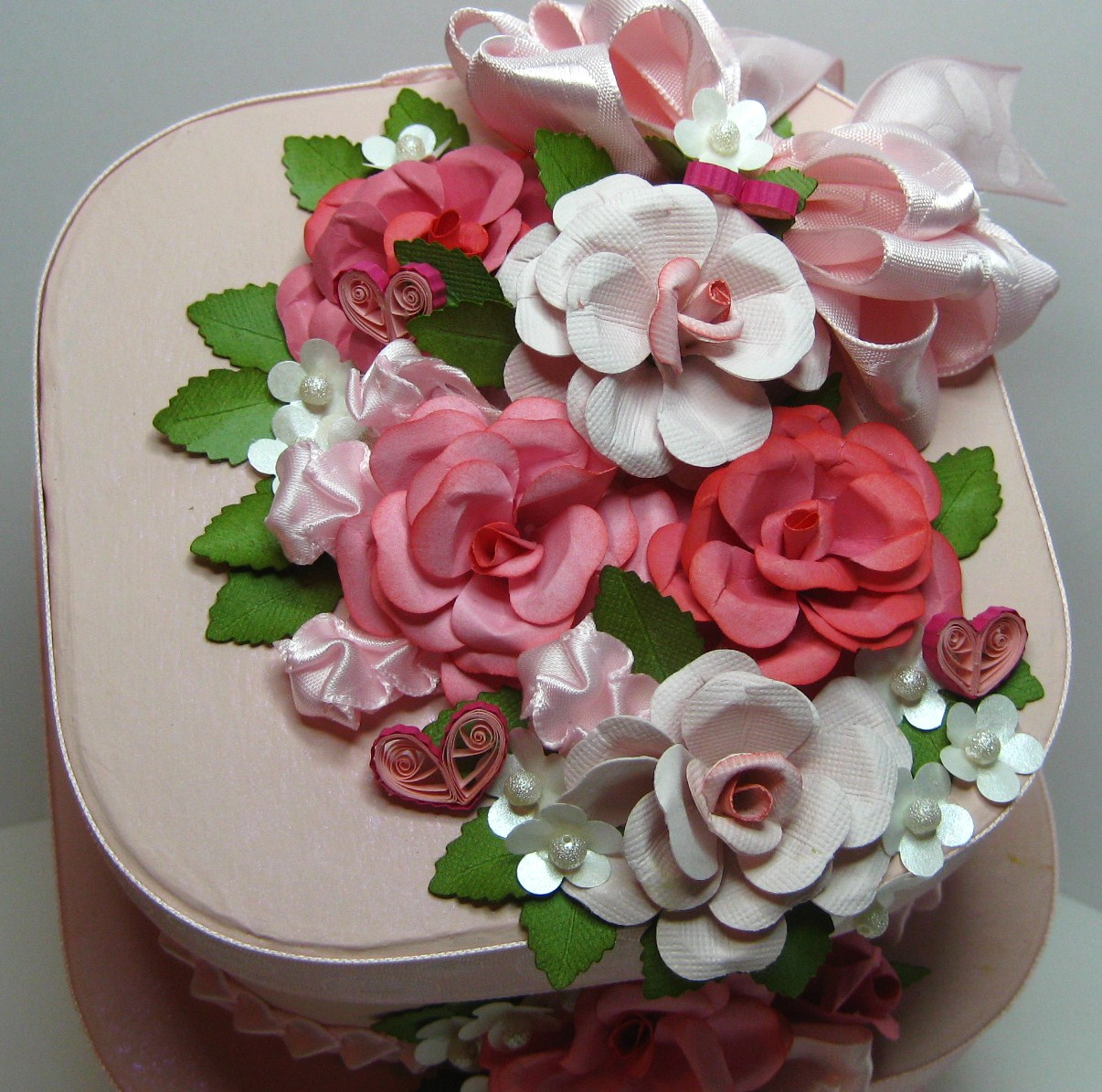 Appel Quilling Garden Floral Punch Rose And Quilled Hearts Cake Box