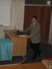 In aula Facultatii de Electrotehnica din Iasi, o prezentare de istoria fizicii