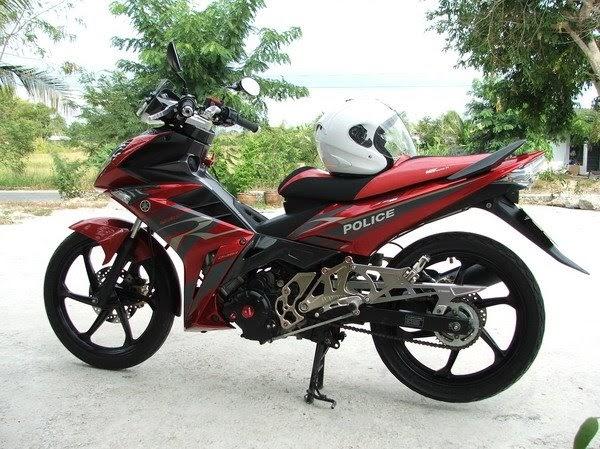 big motorycycle: Yamaha X-1R Thailand Police