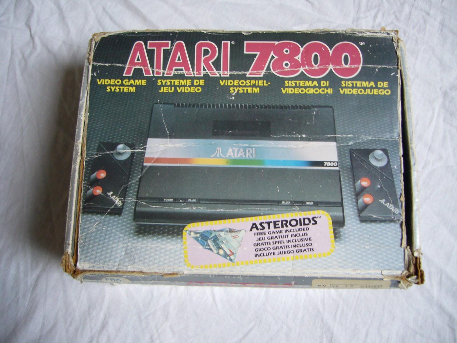 Restauration des boites de jeux en carton - Page 2 P1090379