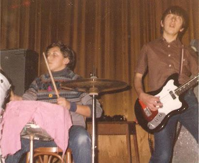 Épsilon. 1ª actuación. Colegio San José (Lugo), noviembre de 1980: