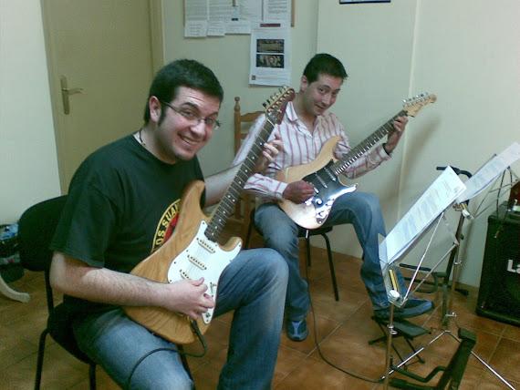 Celestino Méndez Ares y Avelino Basanta Regueira (Matrícula de: 26 03 09)