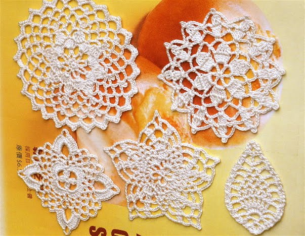 Free Crochet Patterns For Small Motifs : HAND KNIT IS FUN ????: Crochet Lace Motif Appliques - 1
