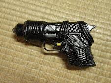 『坂本龍馬の拳銃』(スペース忍者おじさんの武器)