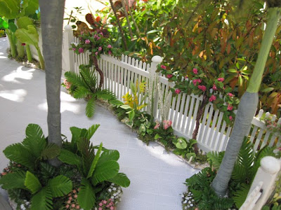 Dollhouses By Robin Carey The Key West Island Paradise