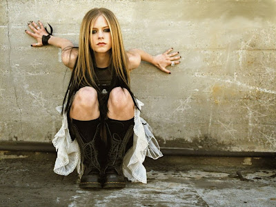 avril lavigne hot wallpaper. Avril Lavigne Hot Wallpaper