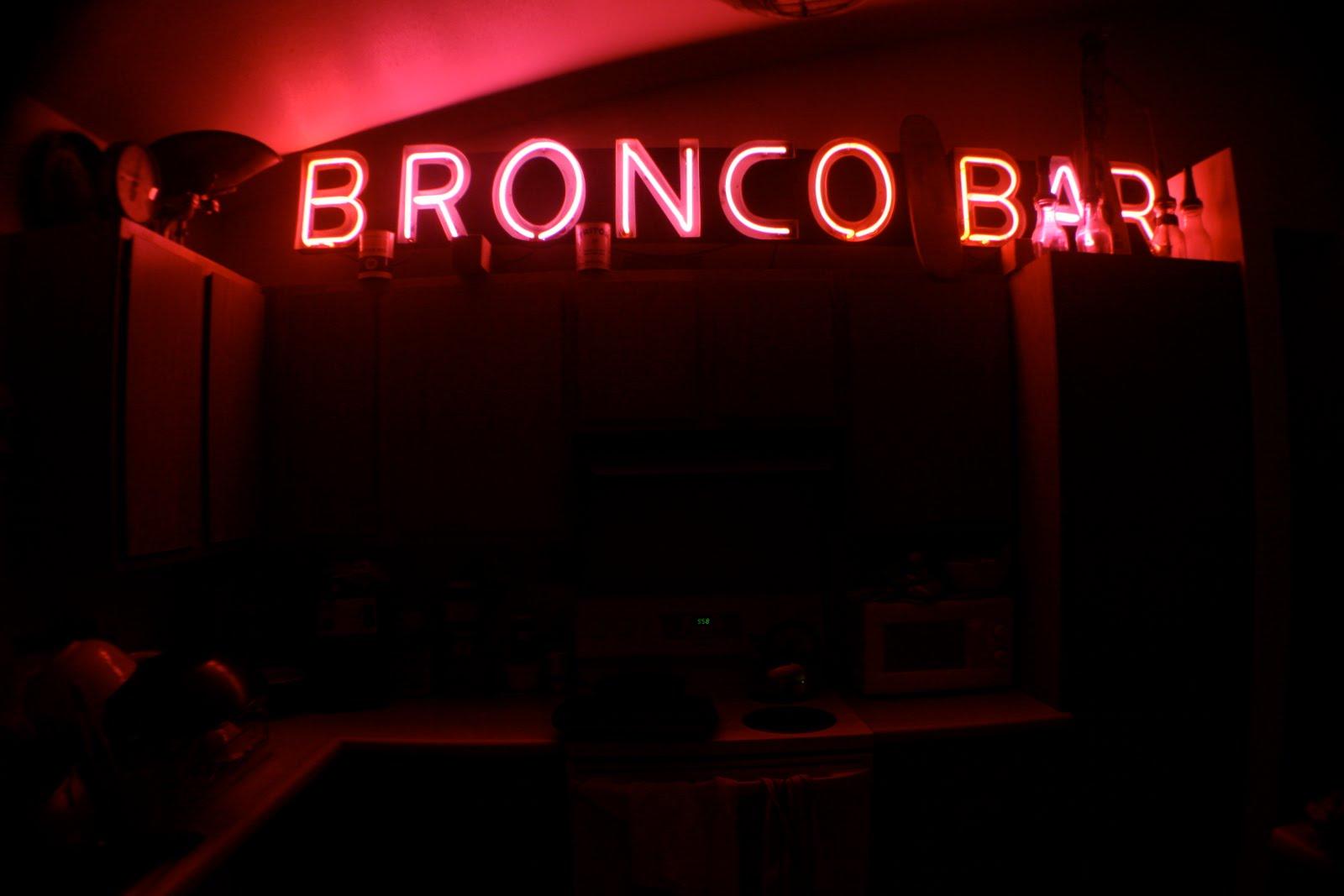 Classic Broncos Hawaii