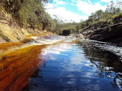minas gerais mg ibitipoca cachoeiras  viajando sem frescura turismo  parque lago negro