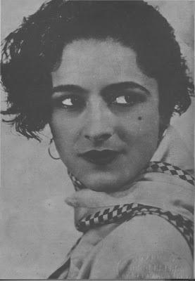 Mercedes Simone