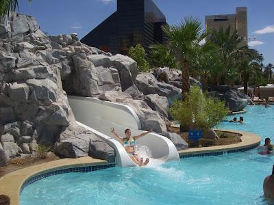 Davis In Las Vegas Excalibur Pool